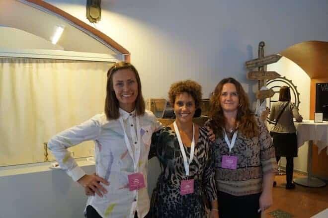 I mitten projektledaren Linda Rivera från Action Fairs, med kollegor.