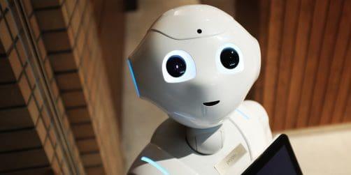 moderatorn är död – länge leve roboten
