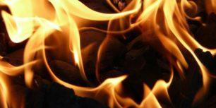 Våldsam brand