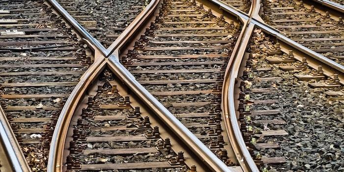 rails 3309912 960 720
